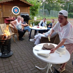 outdoor-teamspiele-galerie-mascottchen-catering-02